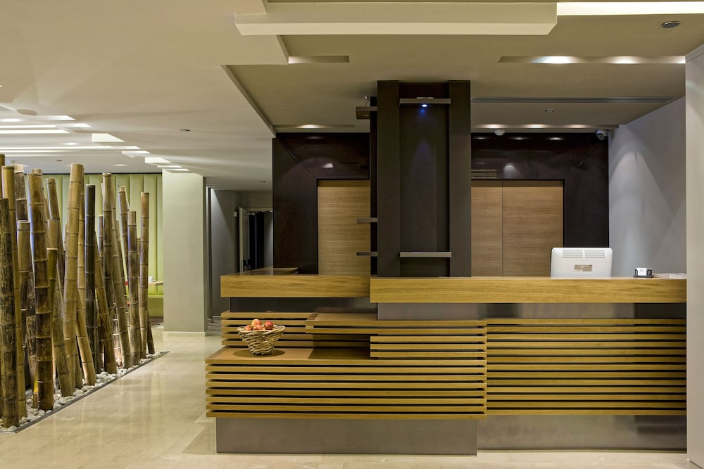 Lobby, Sadot, Airport Hotel - an Atlas Boutique Hotel