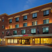 Courtyard by Marriott Fredericksburg Historic District