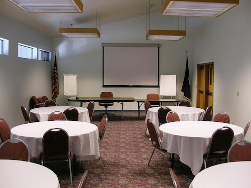 Meeting Facility, Edgewater Inn Coos Bay