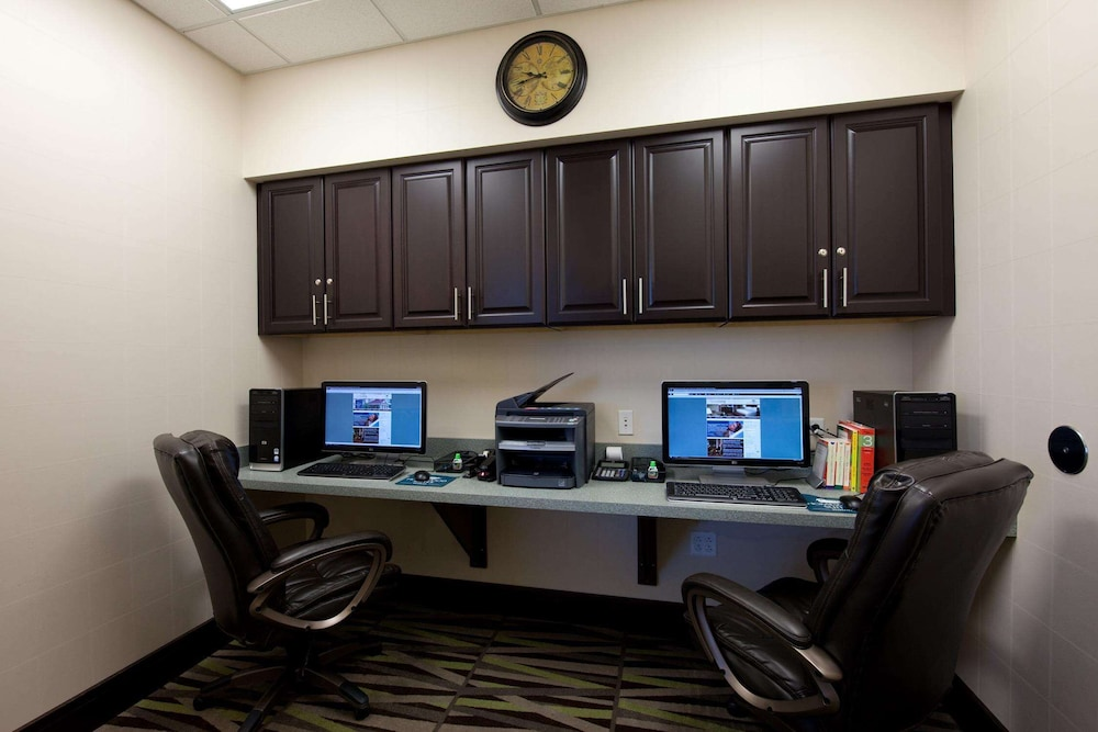 Business Center, Homewood Suites by Hilton St Louis - Galleria
