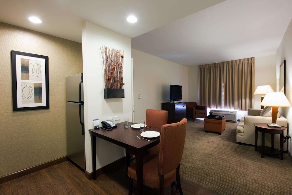 Living Area, Homewood Suites by Hilton St Louis - Galleria