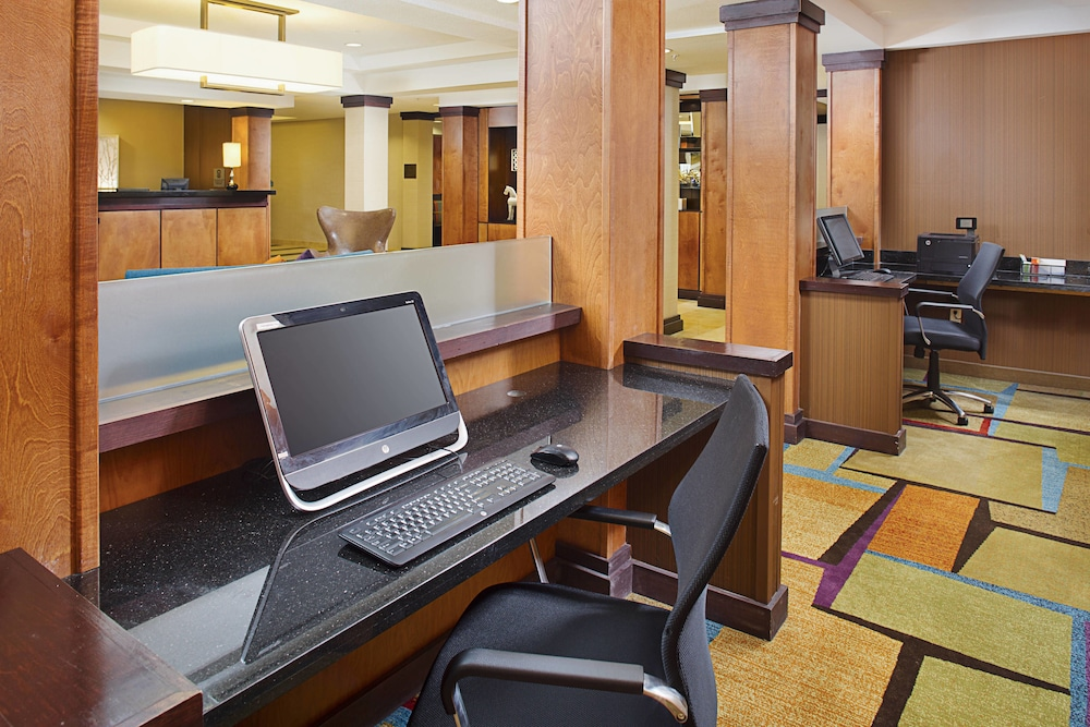 Business Center, Fairfield Inn & Suites Jonesboro