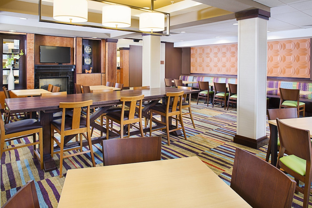 Restaurant, Fairfield Inn & Suites Jonesboro