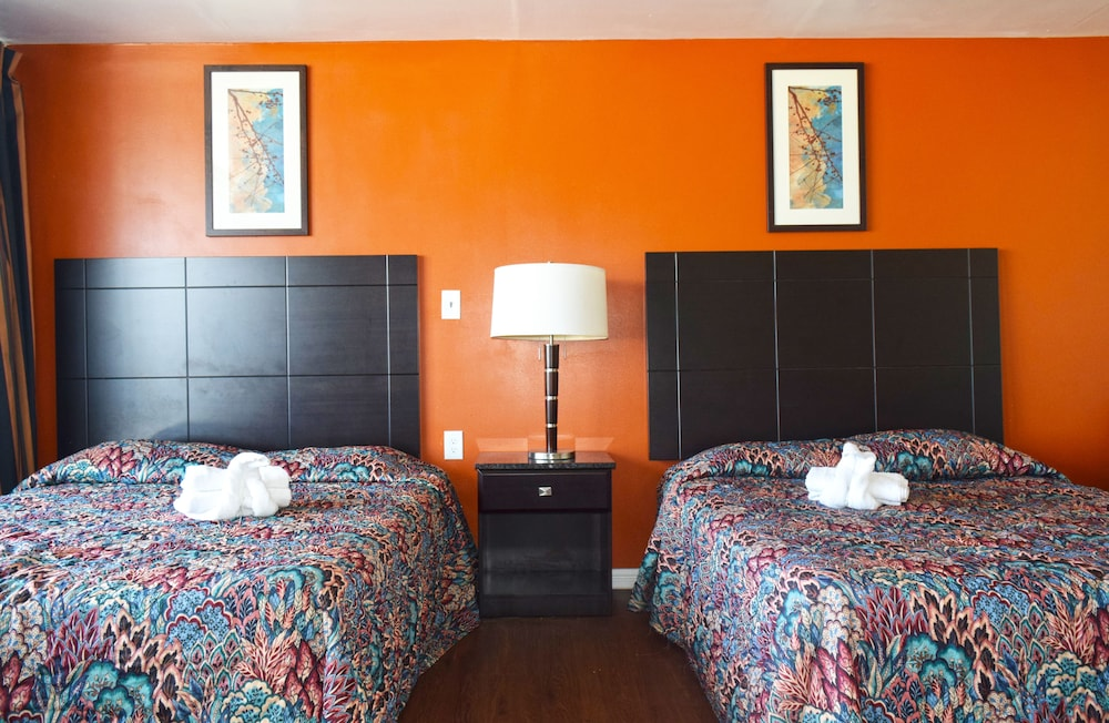 skyview manor Free essay: questions for skyview manor 1 on average, how many rooms must be rented each night in season for the hotel to breakeven first alternative: step.