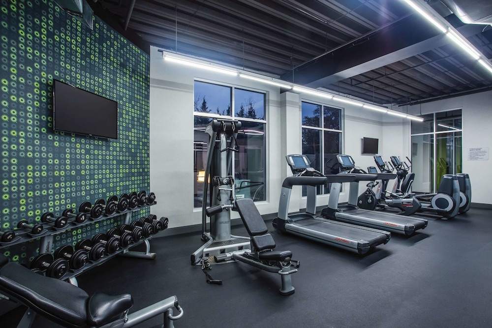 Fitness Facility, La Quinta Inn & Suites by Wyndham Winchester
