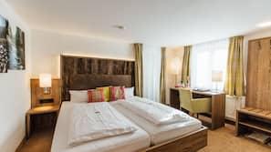 Hochwertige Bettwaren, Zimmersafe, Verdunkelungsvorhänge