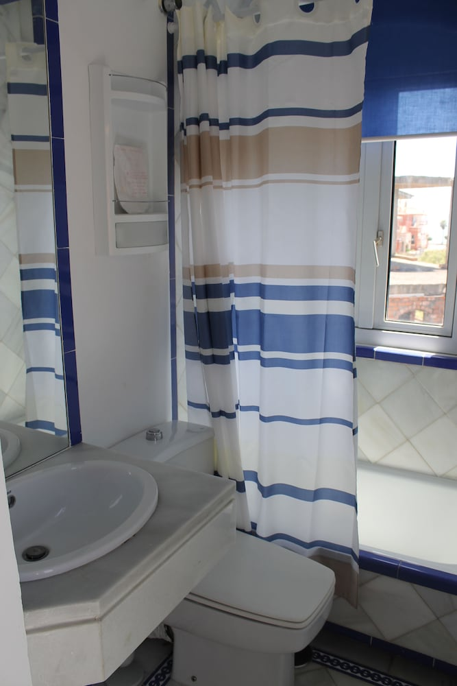 Bathroom, Apartamentos Puerto Sherry