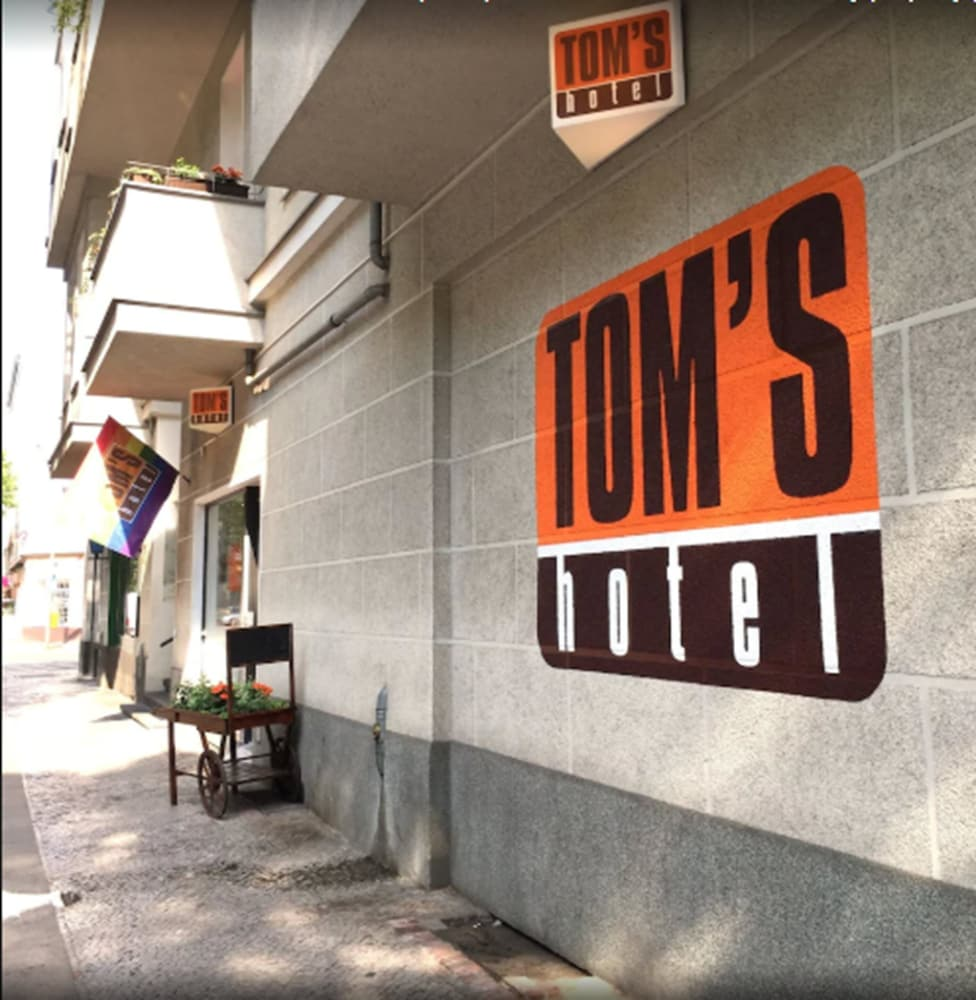 Front of Property, Tom's Hotel - Caters to Gay Men