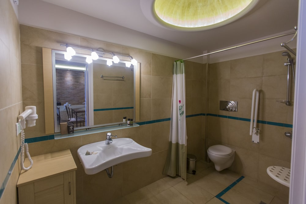 Bathroom, Hotel Anassa