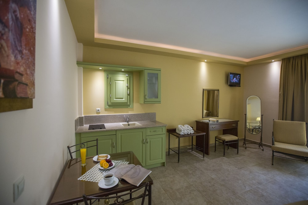 Private Kitchenette, Hotel Anassa