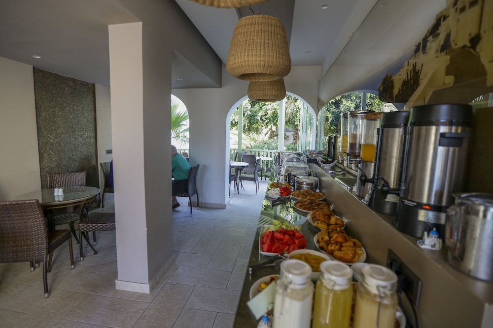 Breakfast Area, Hotel Anassa