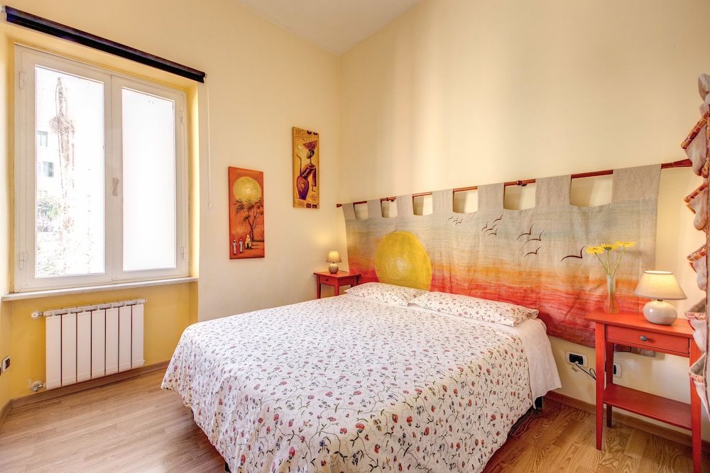 Double Room - Featured Image