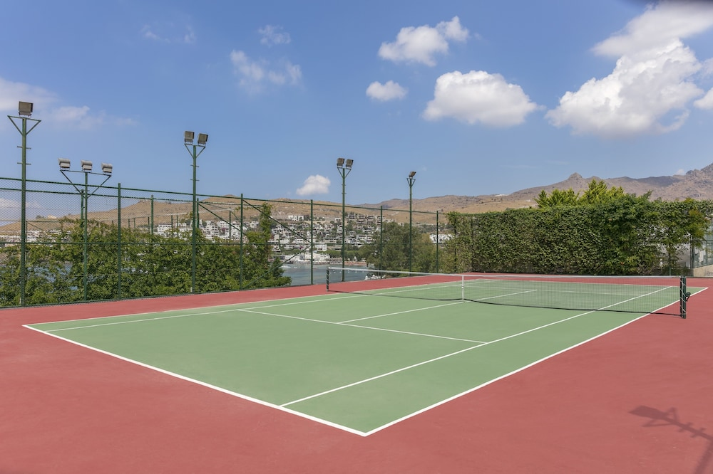 Tennis Court, Kefaluka Resort - All Inclusive