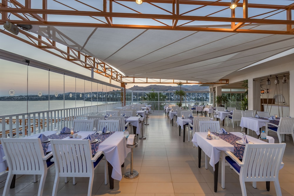 Food Court, Kefaluka Resort - All Inclusive