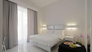 Frette Italian sheets, down duvets, in-room safe, free WiFi