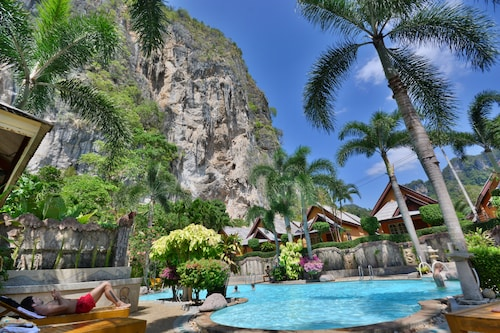 Diamond Cave Resort