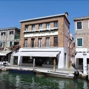 Murano Palace Bed & Breakfast