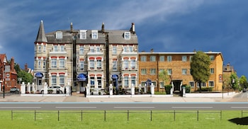 Clapham South Dudley Hotel
