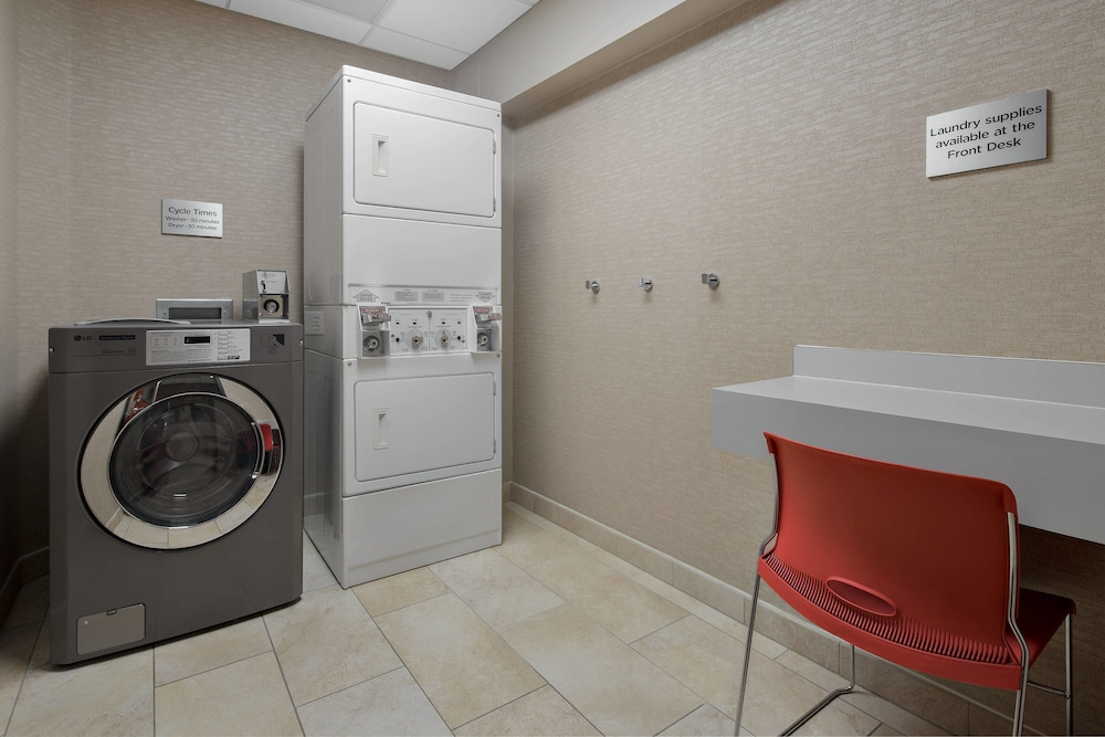 Laundry, Courtyard Marriott Flagstaff