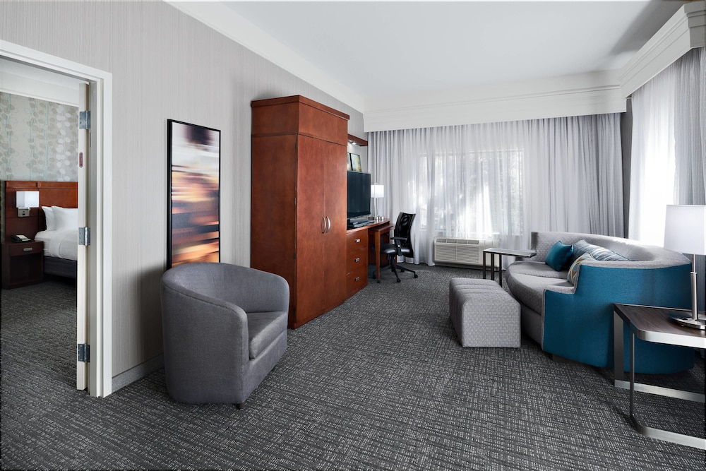 Room, Courtyard Marriott Flagstaff