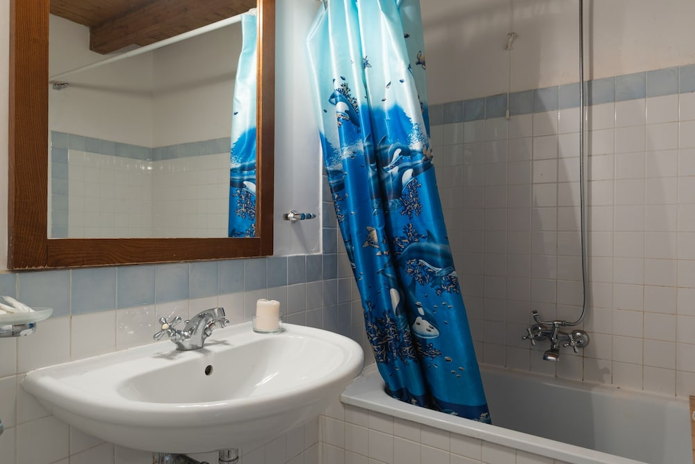 Bathroom, Sea Villas