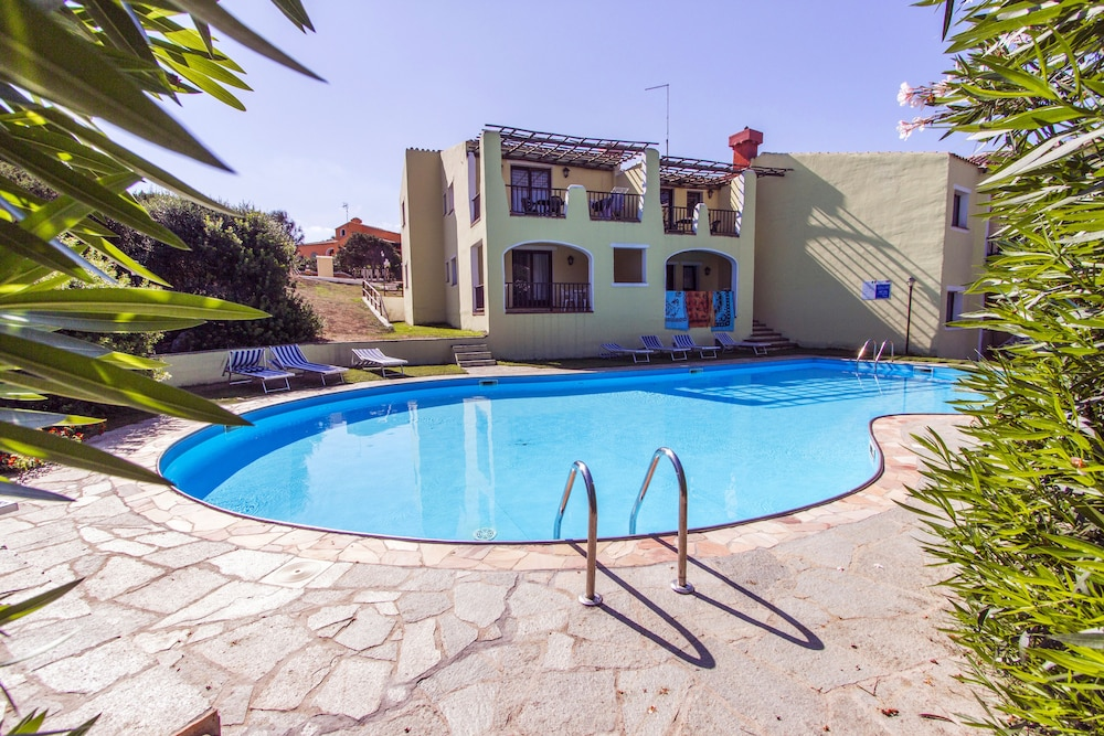 Standard Villa, 1 Bedroom, Pool Access - Featured Image