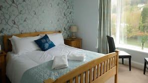 Individually decorated, bed sheets