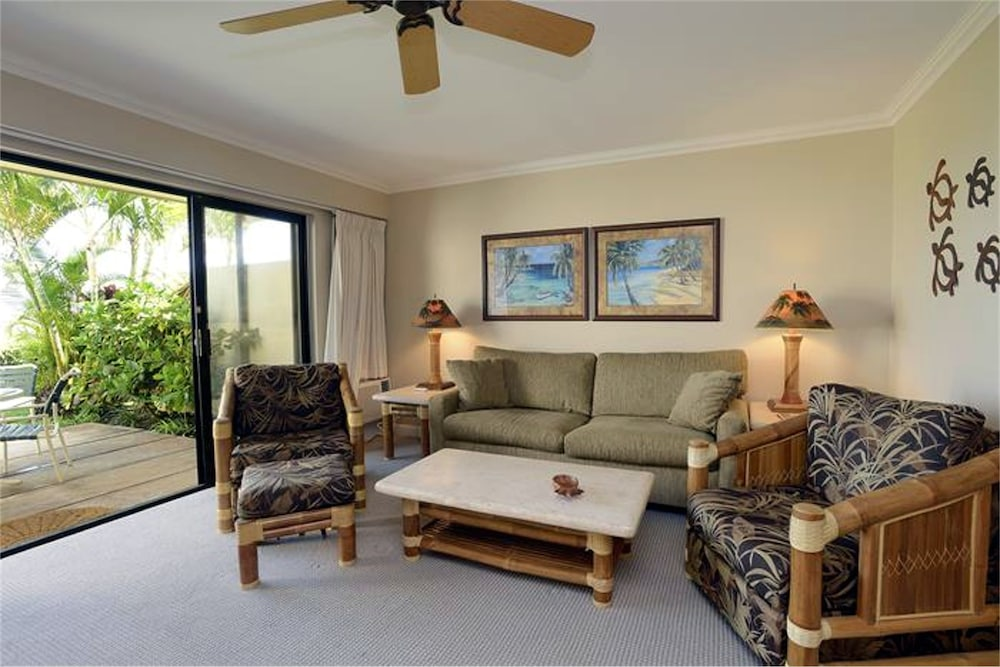 Living Room, Maui Kamaole by CRH