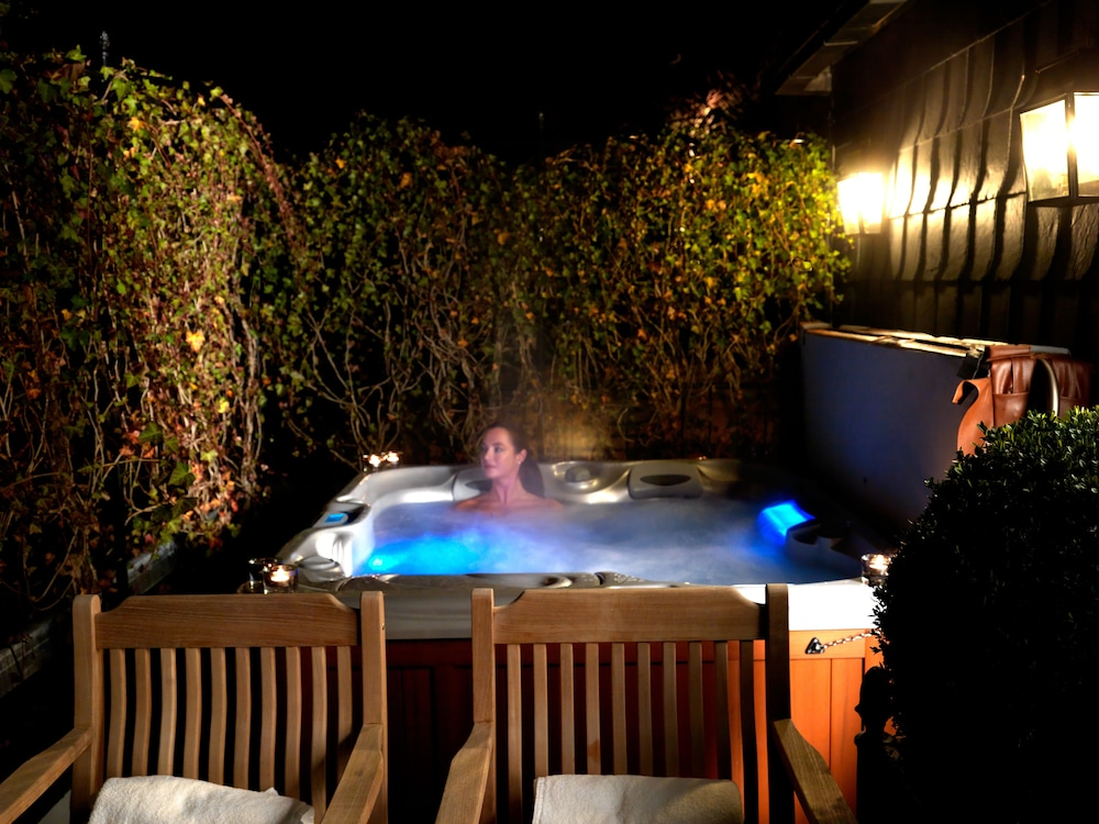 Private Spa Tub, Boutique Hotel Heidelberg Suites - Small Luxury Hotels
