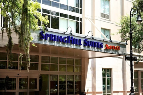 SpringHill Suites Savannah Downtown / Historic District