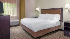 Premium bedding, in-room safe, desk, iron/ironing board