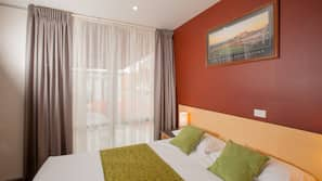 Select Comfort beds, minibar, individually furnished, blackout curtains