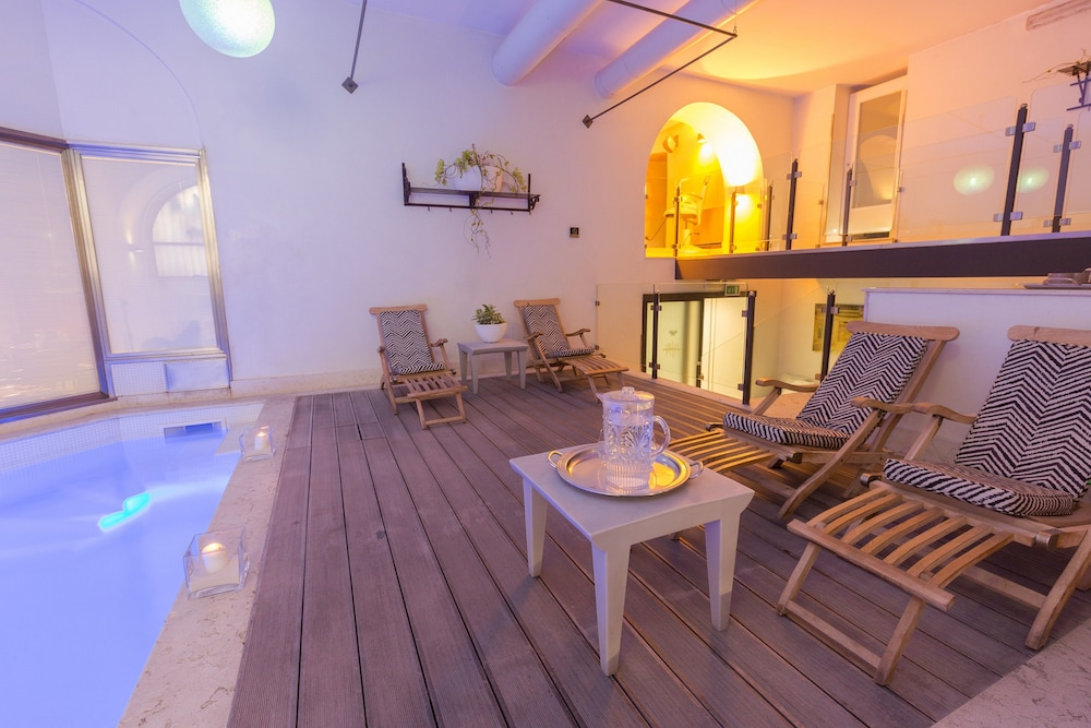 Quintocanto hotel and spa in palermo hotel rates for Design hotel palermo