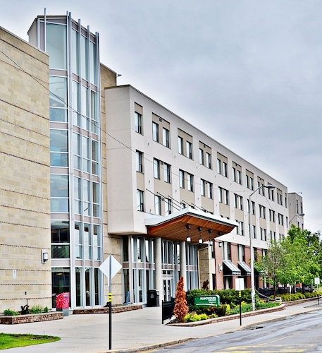 Residence & Conference Centre - Ottawa West