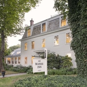 The Old Manse Inn