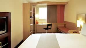 保險箱、書桌、隔音、免費 Wi-Fi
