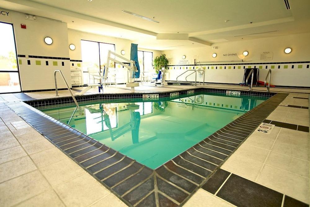 Fairfield Inn Suites By Marriott Santa Maria In San Luis Obispo Hotel Rates Reviews On Orbitz