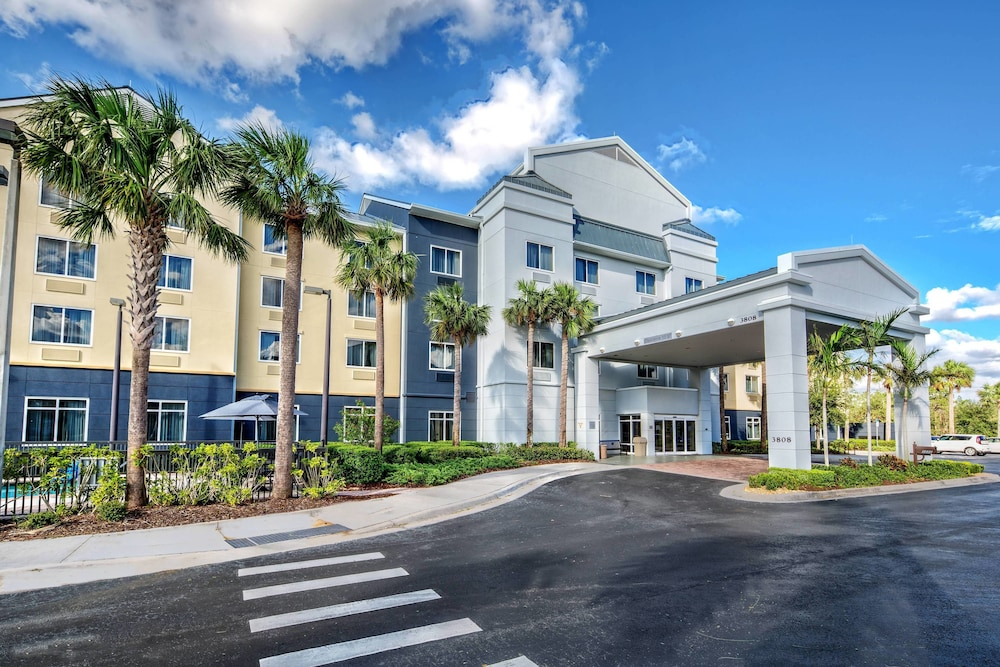 Featured Image, Fairfield Inn & Suites by Marriott Naples