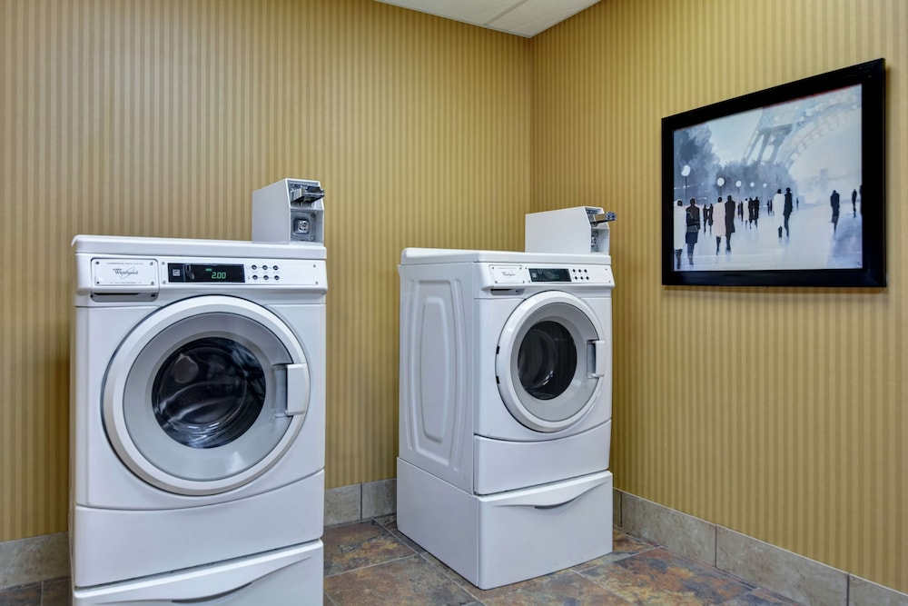 Laundry Room, Homewood Suites by Hilton Fayetteville
