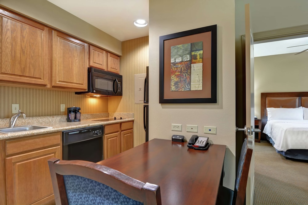 Private Kitchen, Homewood Suites by Hilton Fayetteville