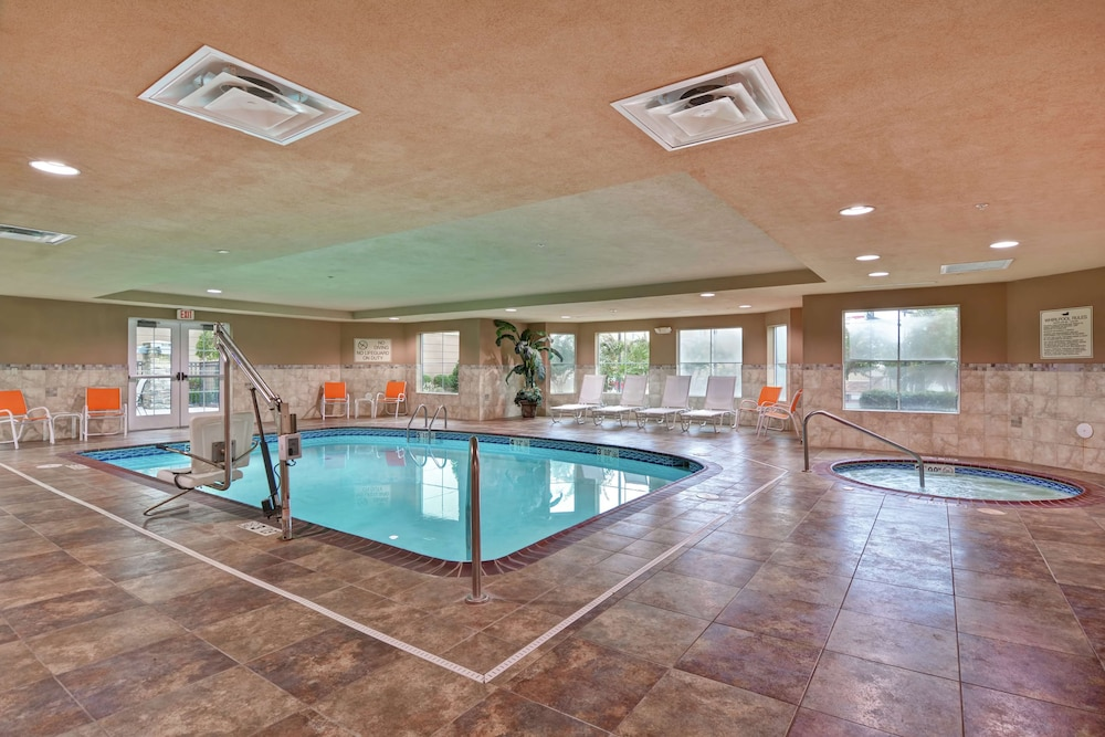 Pool, Homewood Suites by Hilton Fayetteville