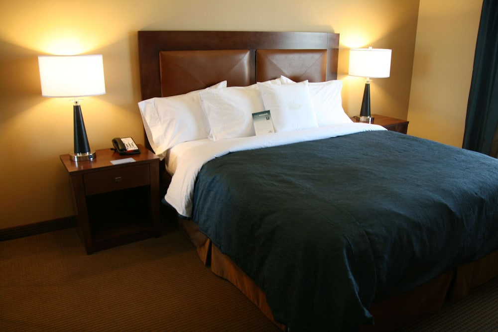Room, Homewood Suites by Hilton Fayetteville