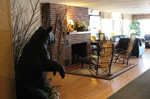 Maine Woods Inn At Vacationland Inns 2019 Room Prices
