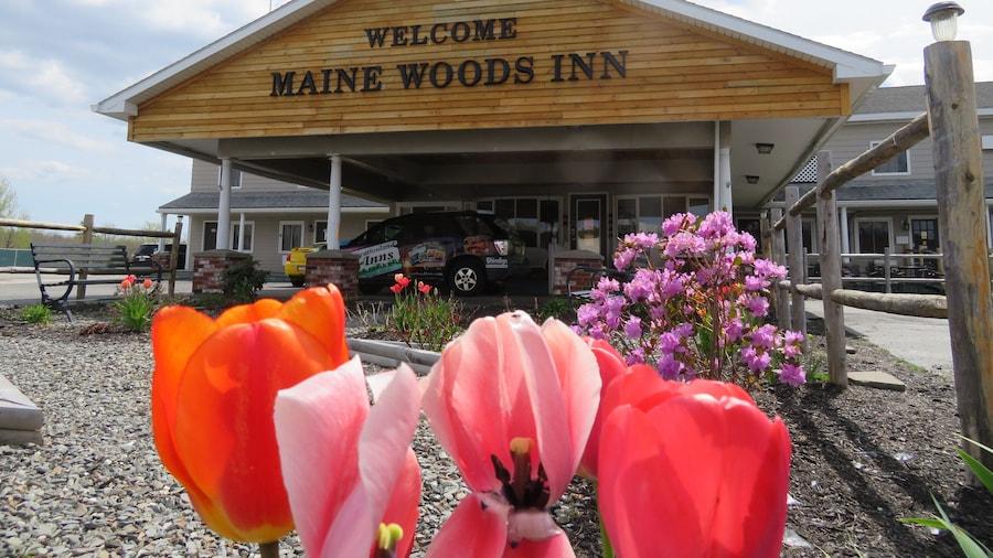 Maine Woods Inn at Vacationland Inns