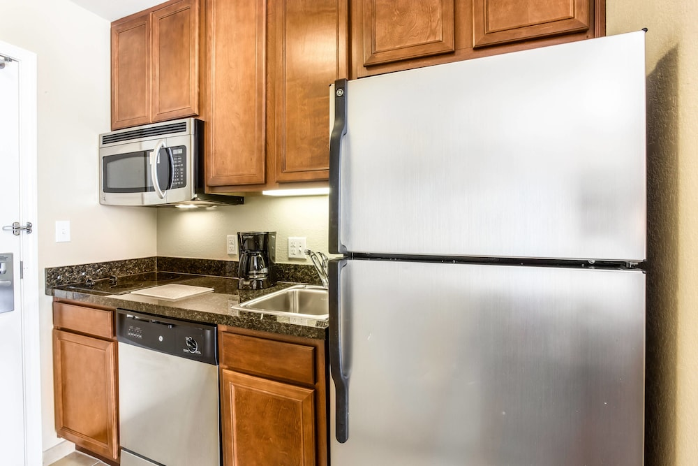 Private Kitchen, TownePlace Suites by Marriott Tucson Airport