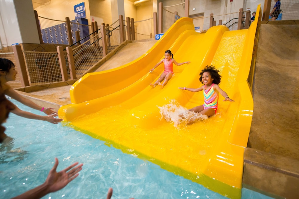 Waterslide, Great Wolf Lodge Concord