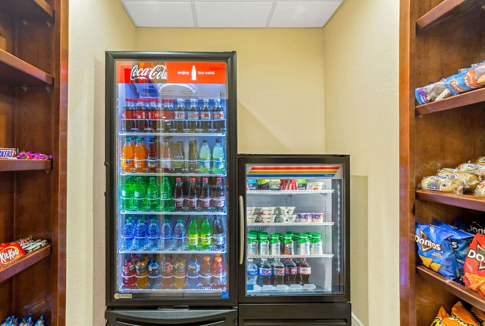 Property Amenity, La Quinta Inn & Suites by Wyndham Mobile Satsuma / Saraland