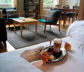 hadley 39 s bed breakfast hamburg hotelbewertungen. Black Bedroom Furniture Sets. Home Design Ideas
