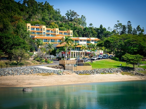 Shingley Beach Resort