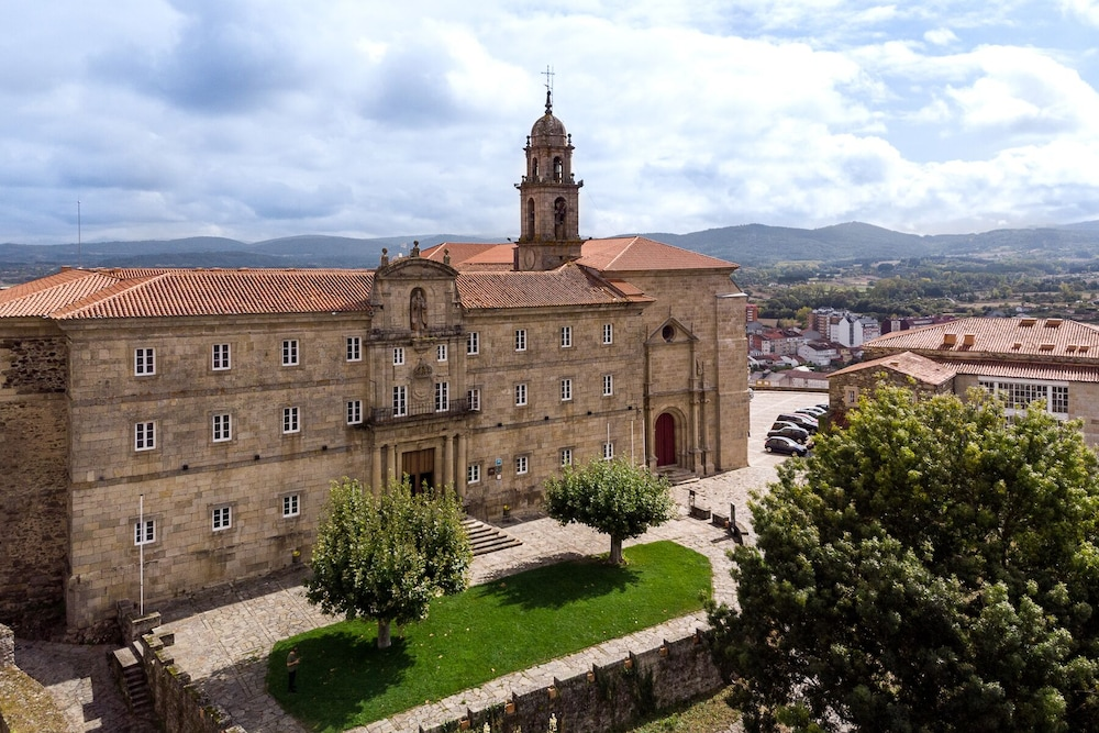 Featured Image, Parador De Monforte De Lemos